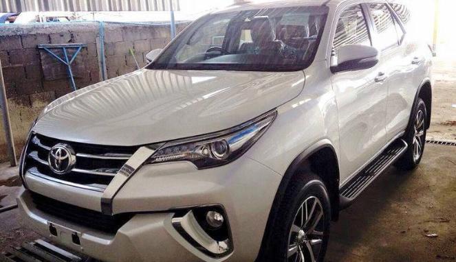 Sekencang Apa Toyota Fortuner Setya Novanto Sebelum 58