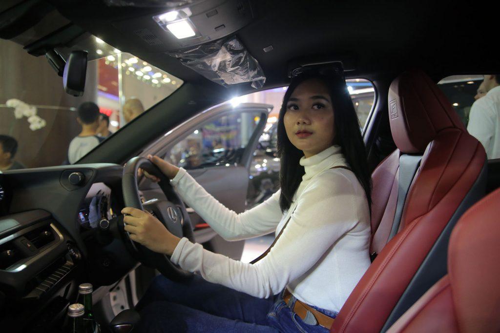 Selain Anti-Bising, Peredam Mobil Juga Punya Kegunaan Lain